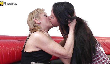 - આગ શૃંગારિક સેક્સ સુંદર માટે ઇંધણ એશલી ગ્રેહામ