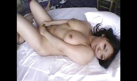 મોટા બોબલા વાળી સુંદર ભારતીય સેક્સ મહિલા નુ Deauxma
