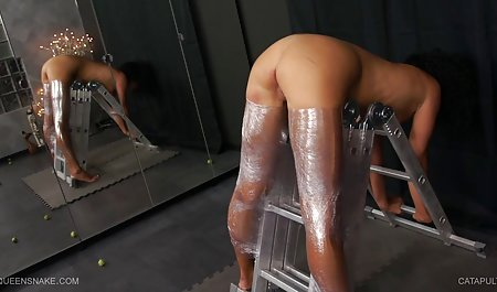 માં આવ્યા હતા બેડરૂમ સેક્સ સાથે એક સુંદર છોકરી અને મને તમને બતાવવા દો મારા નવા pantyhose જોય